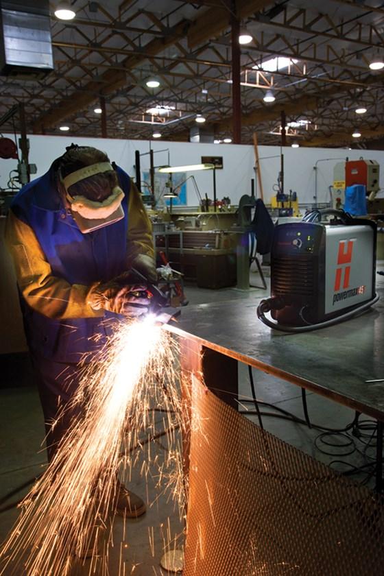manual plasma cutting