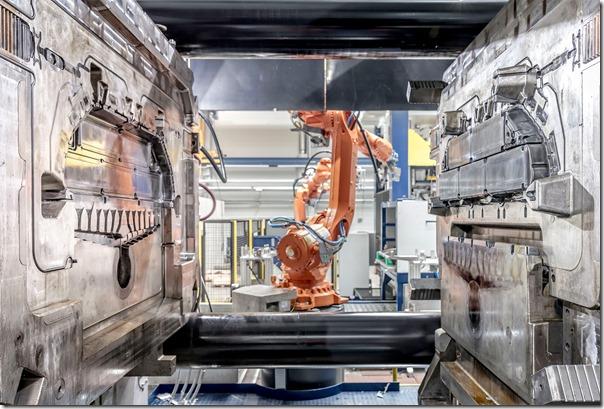 Druckgiessanlage für den Batterieträger eines Elektrofahrzeugs.