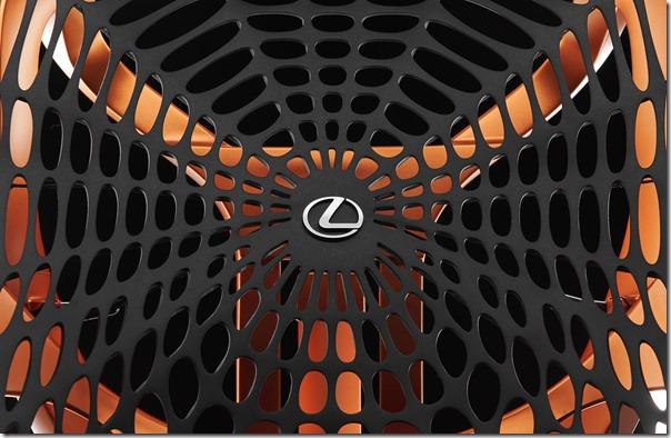 LexusSeat1