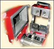 Low-speed screenless granulators