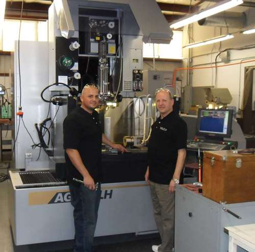 Sodick AG600LH wire EDM's Z-axis capacity