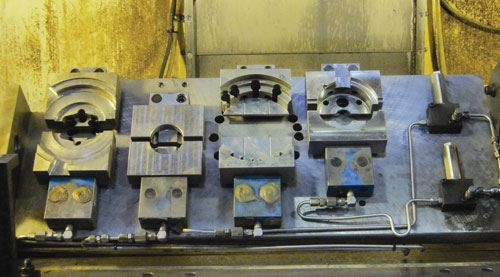 four Kurt MoveLock clamping stations