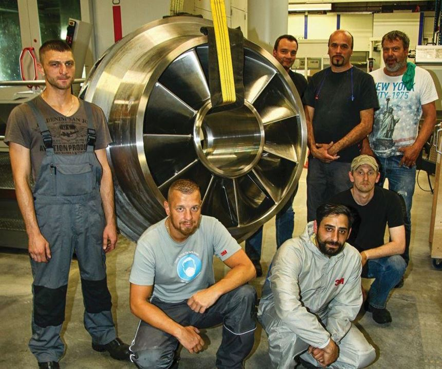 crew with large workpiece