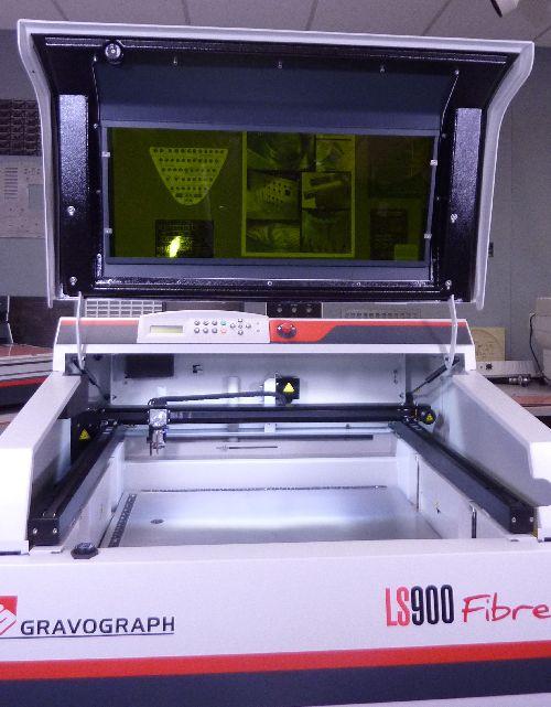 Gravograph LS900 fiber laser