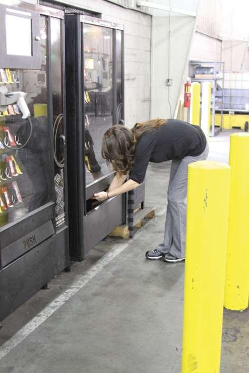 cuting tool vending system