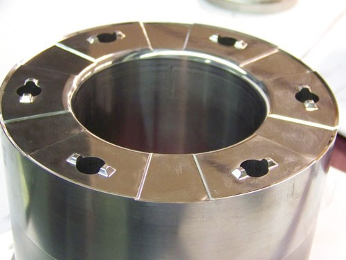 round tooling component