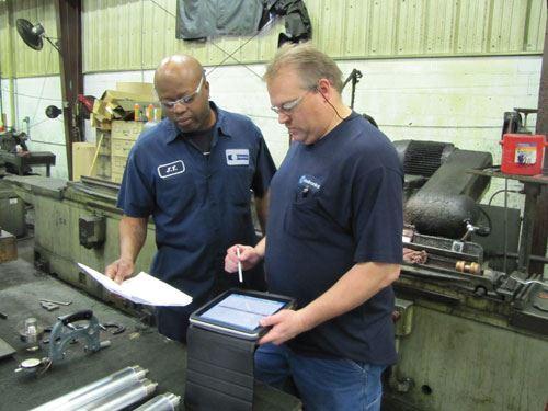 ohn Seiwert and grinding operator Jimmy Thompson