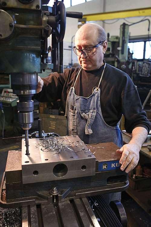 HyPex machinist Vladimir Shylapok
