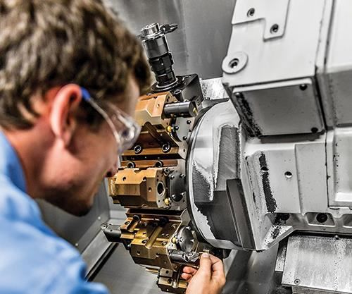 Wolfram's Steven Resnik inspects and replaces inserts during the prove-out process.