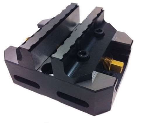 center-clamping vise