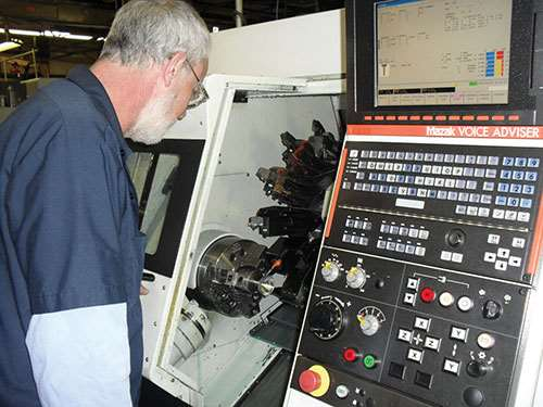 machinist Dan Hensley