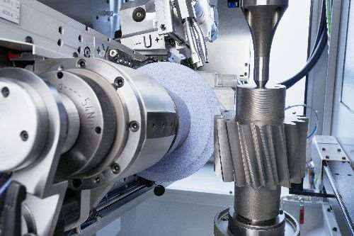 Gleason 300TWG threaded-wheel grinding machine