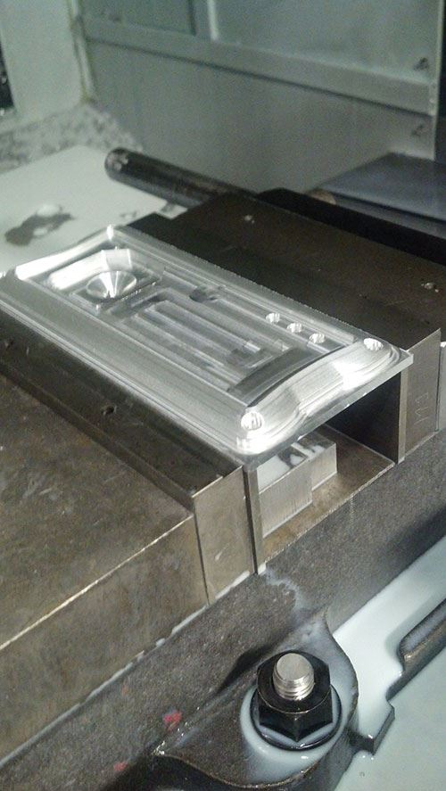 0.25- by 6- by 2.5-inch face plate