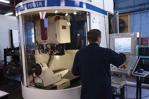 AcuTwist's Helitronic grinding machine