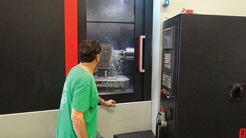 through-tool coolant on the HMC80