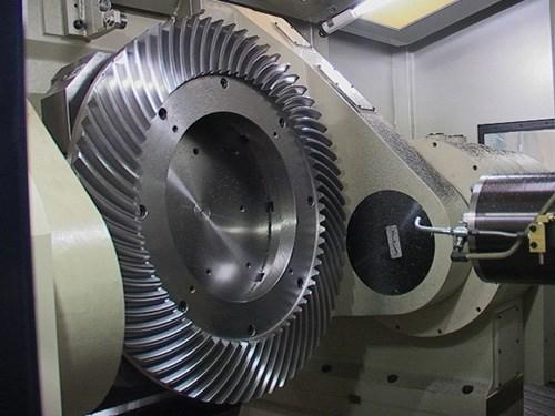Mitsui Seiki HU80A-5X horizontal machining center