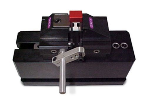 Advanced Machine & Engineering Triage 5axesClamp