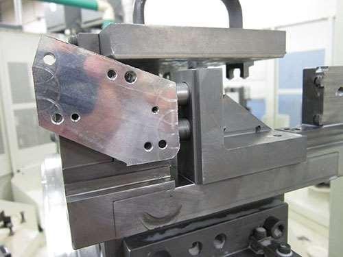 pgm uv light glue workholding