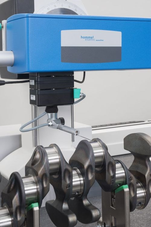 Hommel-Etamic Wavemove CNC measuring station