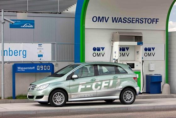 Mercedes-Benz F-Cell FCV