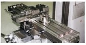 Milling machine with pallet recievers
