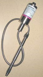Oil-filled pressure transducer