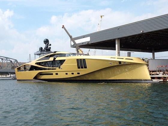 Palmer Johnson 48m SuperSport carbon composite superyacht