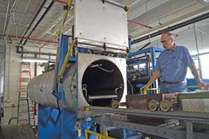 The airless vacuum cleaning system is a closed-loop system with built-in distillation, heated vacuum solvent recovery.