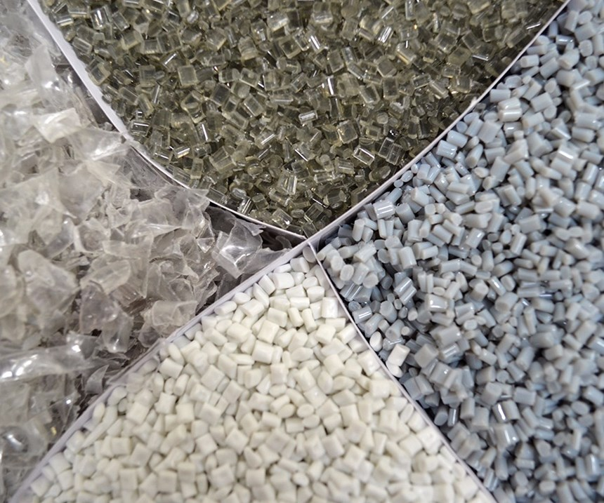 Polietileno, polipropileno y PVC son los plásticos más utilizados para la industria automotriz.