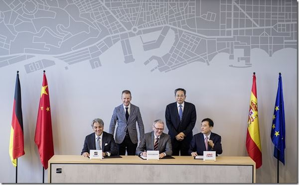 VW Growing in China image