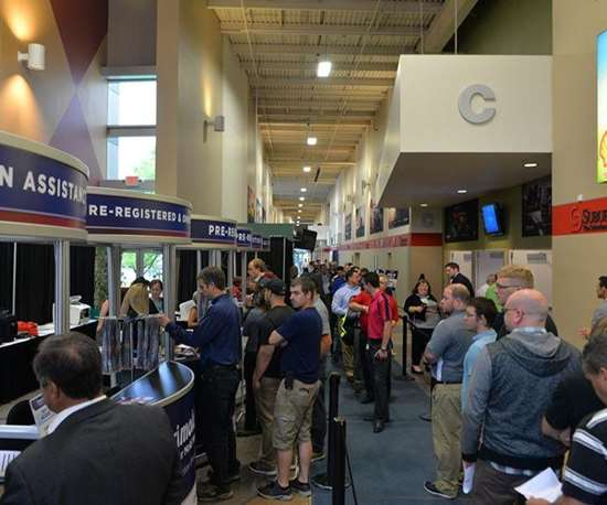 attendees line up to register for Amerimold