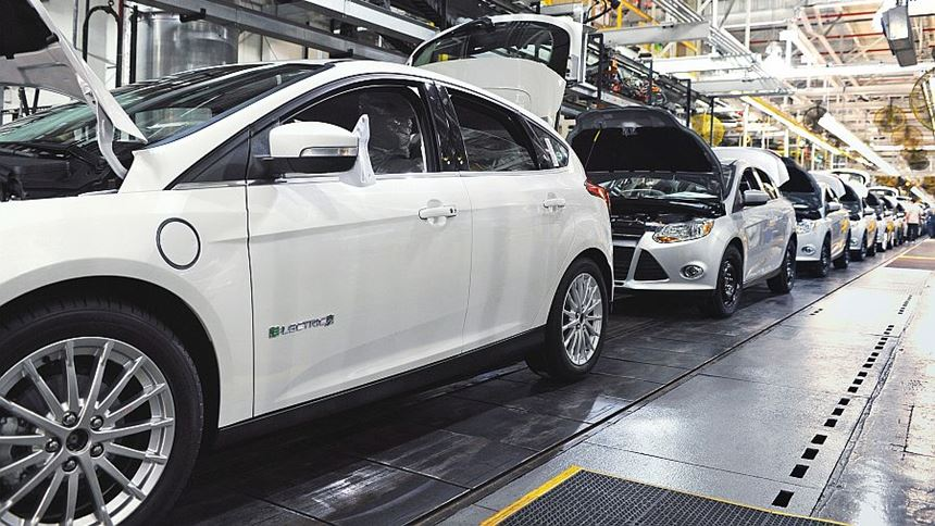 cars in assembly line
