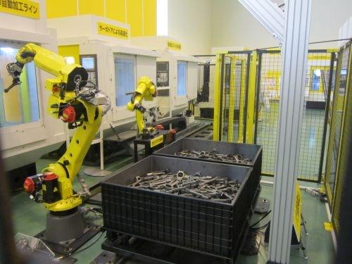 rail-mounted robots