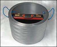 Bomb-disposal enclosure