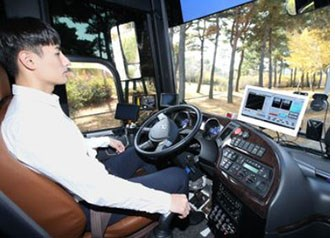 KT Demos 5G Self-Driving Bus in Korea