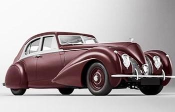 Bentley Recreates 1939 Corniche