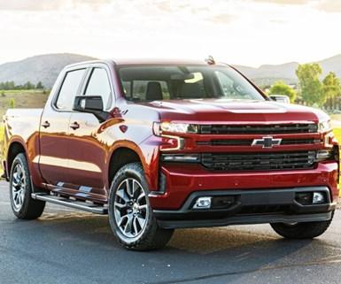 GM Begins Shipping Diesel Pickups