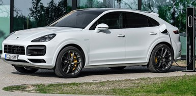 Porsche Amps Up Hybrid Cayenne SUVs