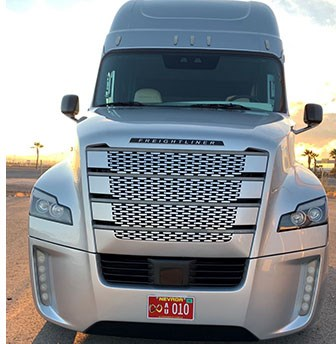 Daimler to Launch Semi-Autonomous Big Rig in U.S.