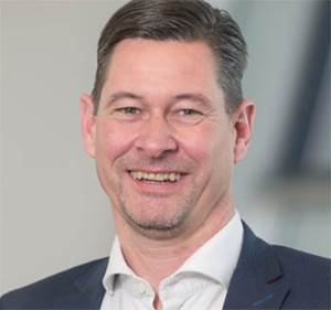 Daimler Names New Chief Financial Officer