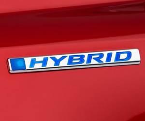 Honda Ridgeline Pickup to Get Hybrid Option?