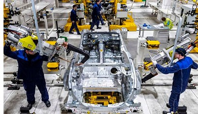 Daimler Opens Mercedes Assembly Plant in Russia