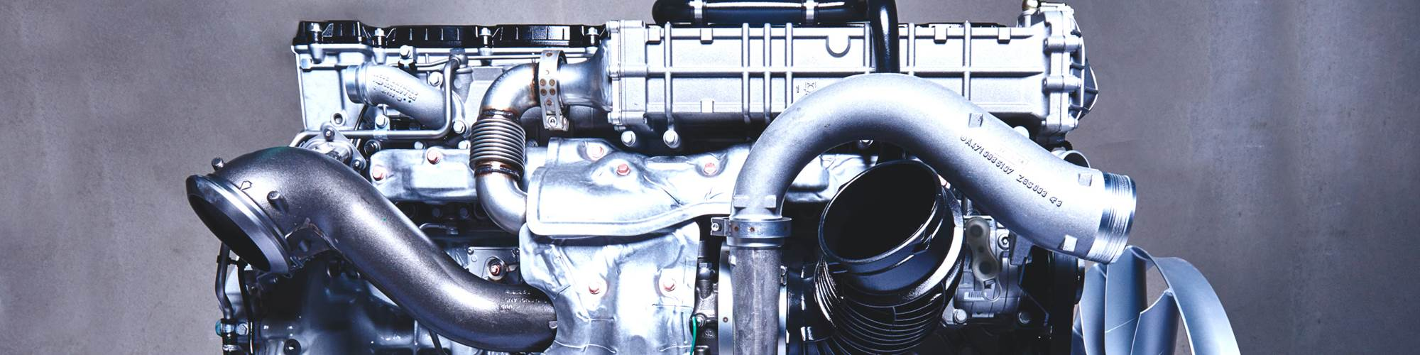 Mercedes-Benz OM 471 powertrain