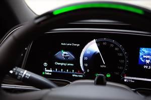 "GM Readies ""Ultra"" Super Cruise Tech"