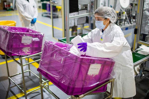 UAW Pushes Back on Production Plans image