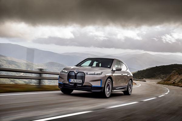 BMW Unveils the iX EV SUV image