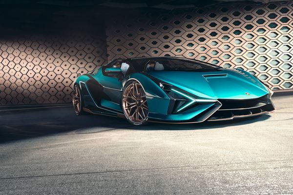 Lambo Sets September Sales Record (Ford Does Well, Too) image