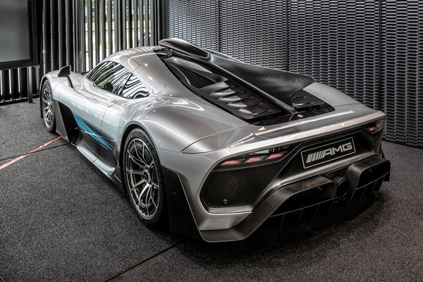 Mercedes Plans Electric Sports Cars image
