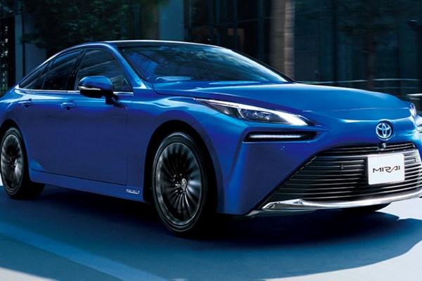 Toyota Unveils Next-Gen Mirai Fuel Cell Car