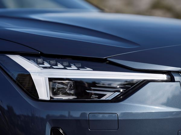 Polestar 2 and Clever Lighting Execution image